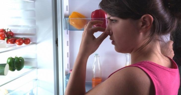 Cattivi odori in cucina - Eliminare gli odori in casa ...