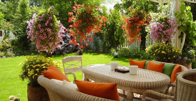 Come rendere meraviglioso un piccolo giardino 15 idee per ispirarvi - Arredare piccolo giardino ...
