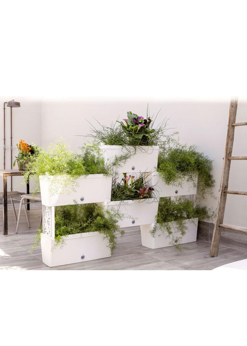 Arredamento da giardino ideadesigncasa for Arredamento da giardino prato