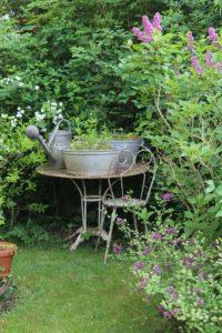 Arredamento del giardino allinglese
