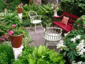 Arredamento del giardino all'inglese