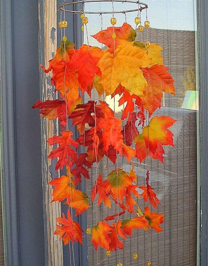 Decorare la casa con le foglie secche