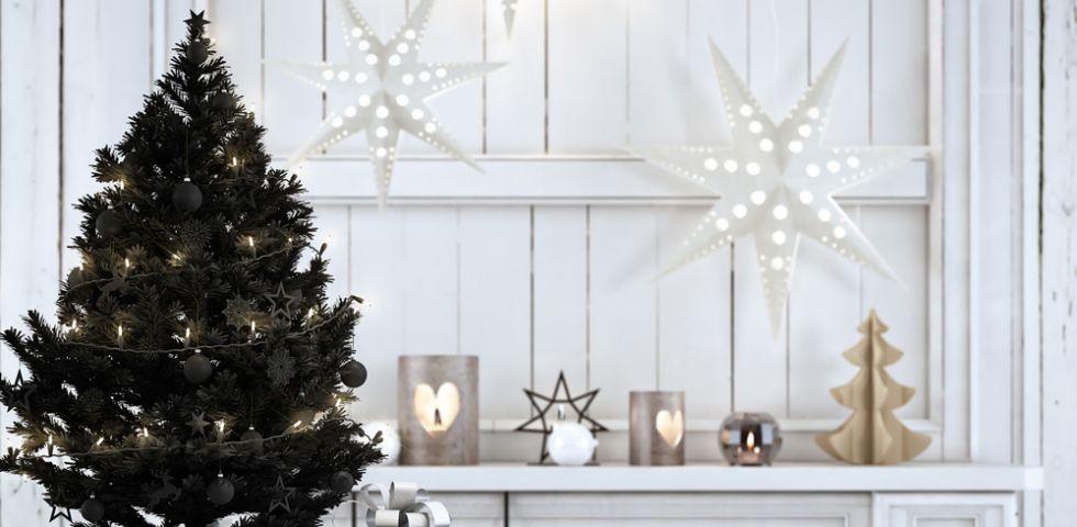 idee decorazioni albero di Natale nero