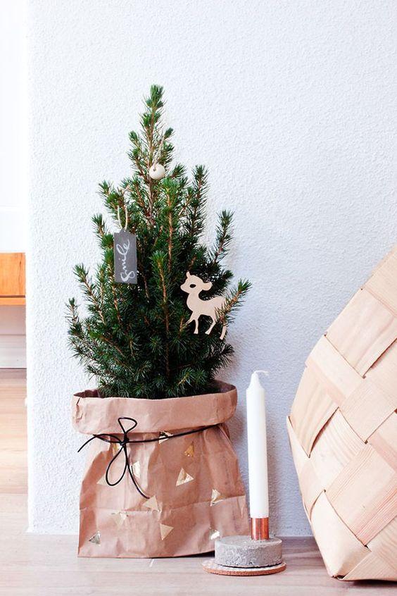 copribase originale fai da te albero di Natale
