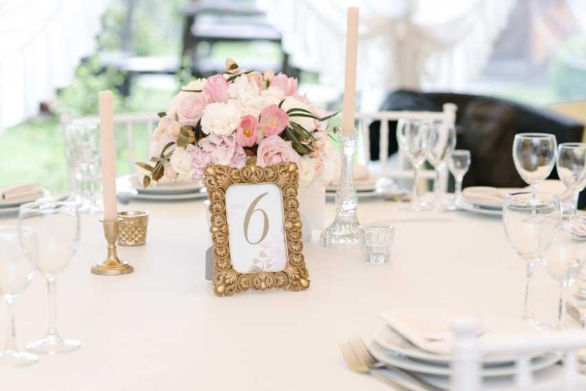 cornice segnaposto per matrimonio