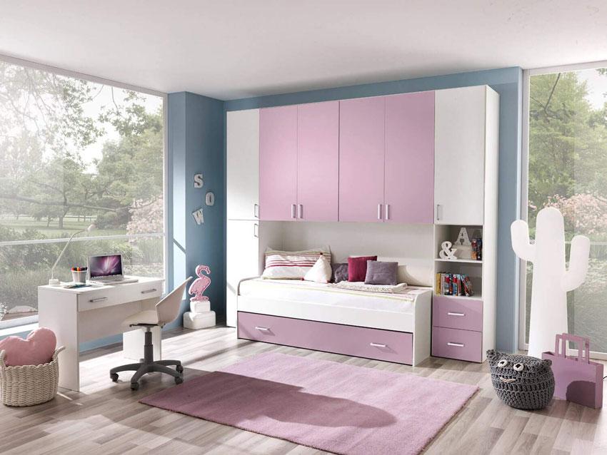 cameretta a ponte per bambini rosa e bianca, ideale per una piccola camera.