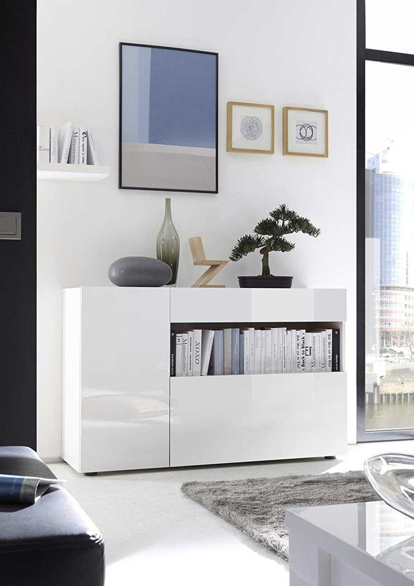mobiletto bianco lineare per salotto moderno.