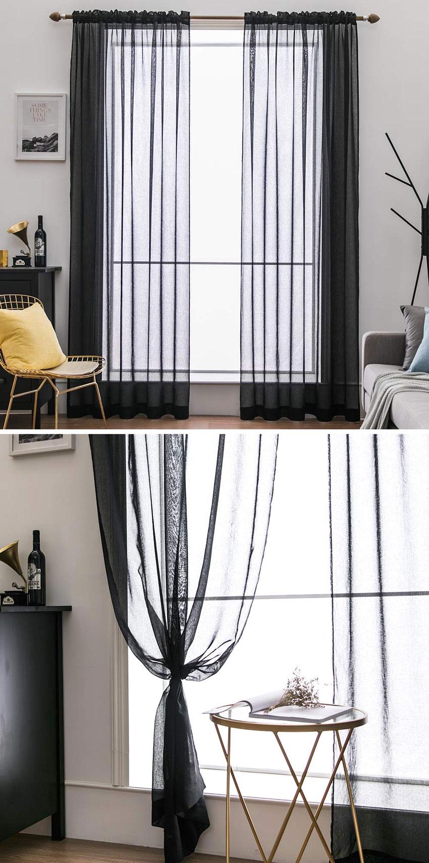 tende per soggiorno moderno nere in tessuto trasparente, ambiente moderno.