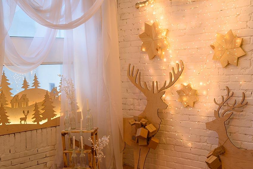 Decorazioni murale con le renne di Natale.