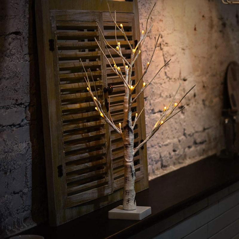 Mini albero a forma di betulla con lucette LED, effetto realistico.