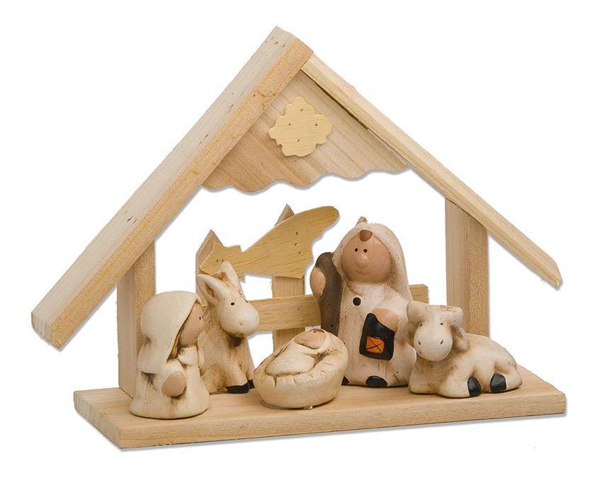 Presepe costruito in legno.