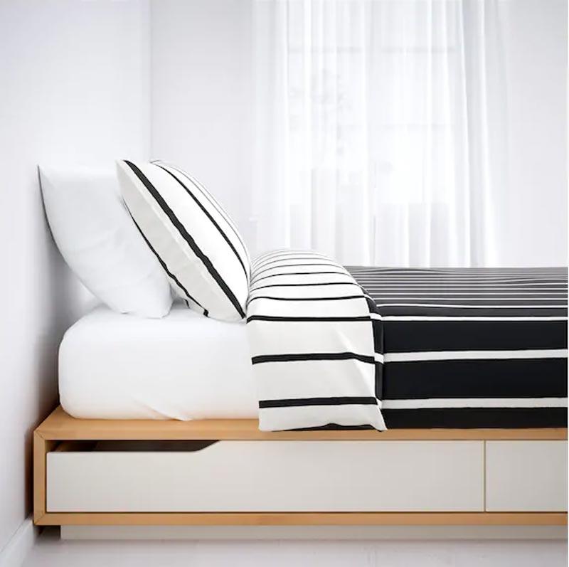 Letto contenitore Mandal IKEA in promozione.