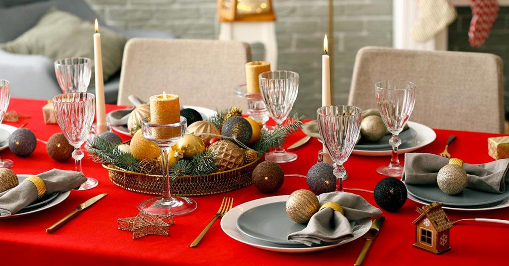 Come addobbare la tavola di Natale.