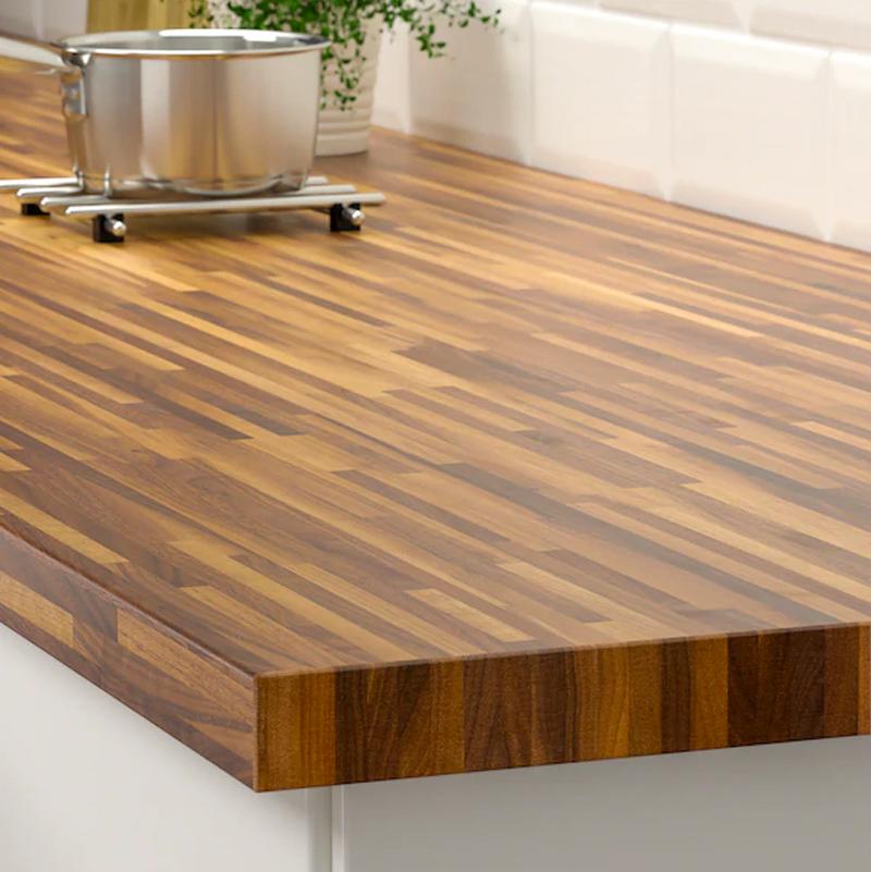 Il top cucina PINNARP di IKEA.