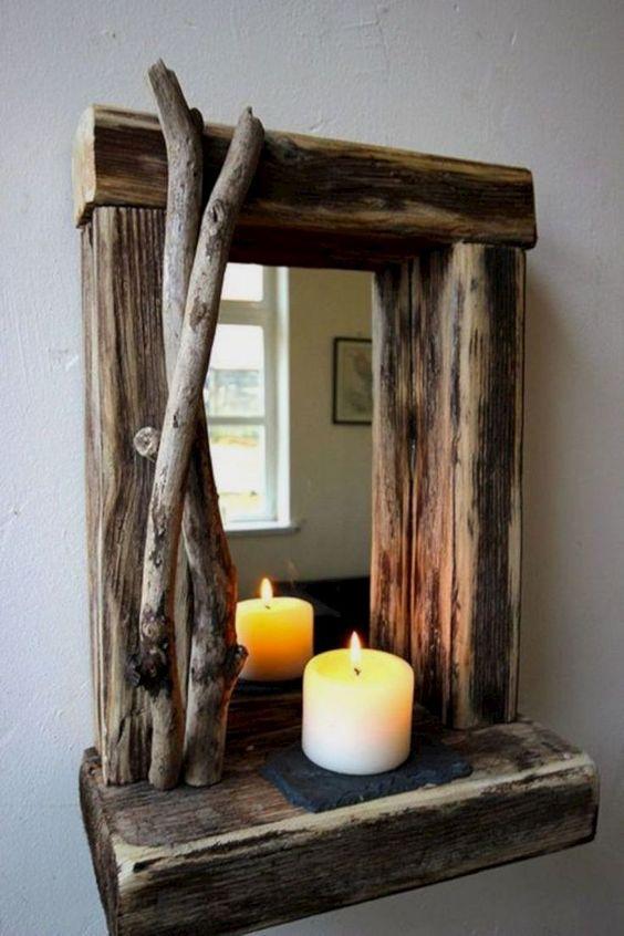 Cornice specchio realizzato con legno di recupero