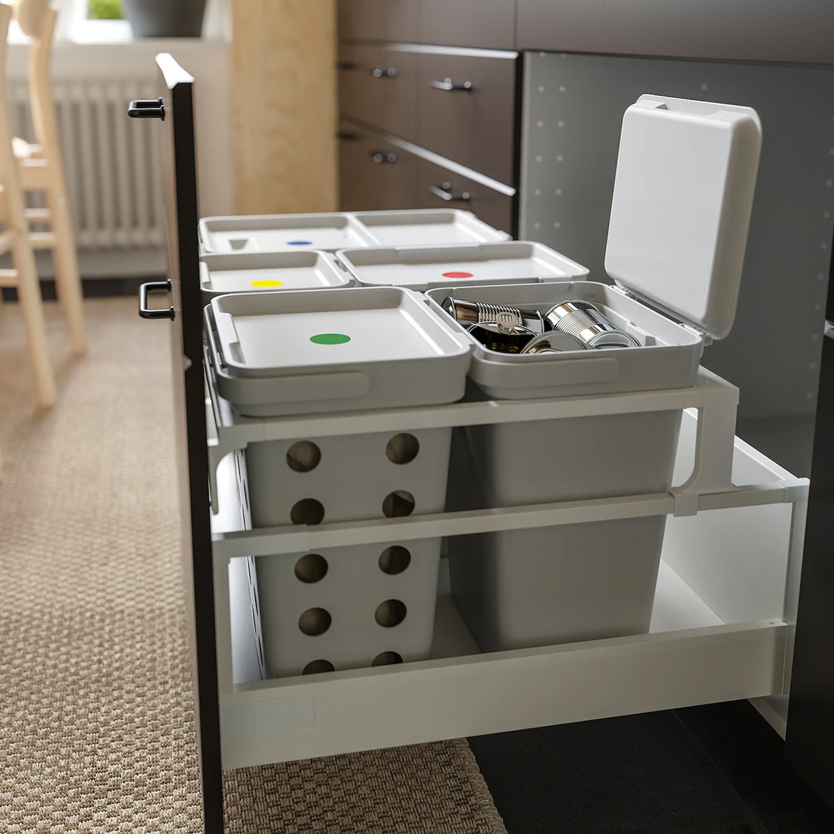 soluzione per la raccolta differenziata dei rifiuti da posizionare sotto il lavello, IKEA HÅLLBAR