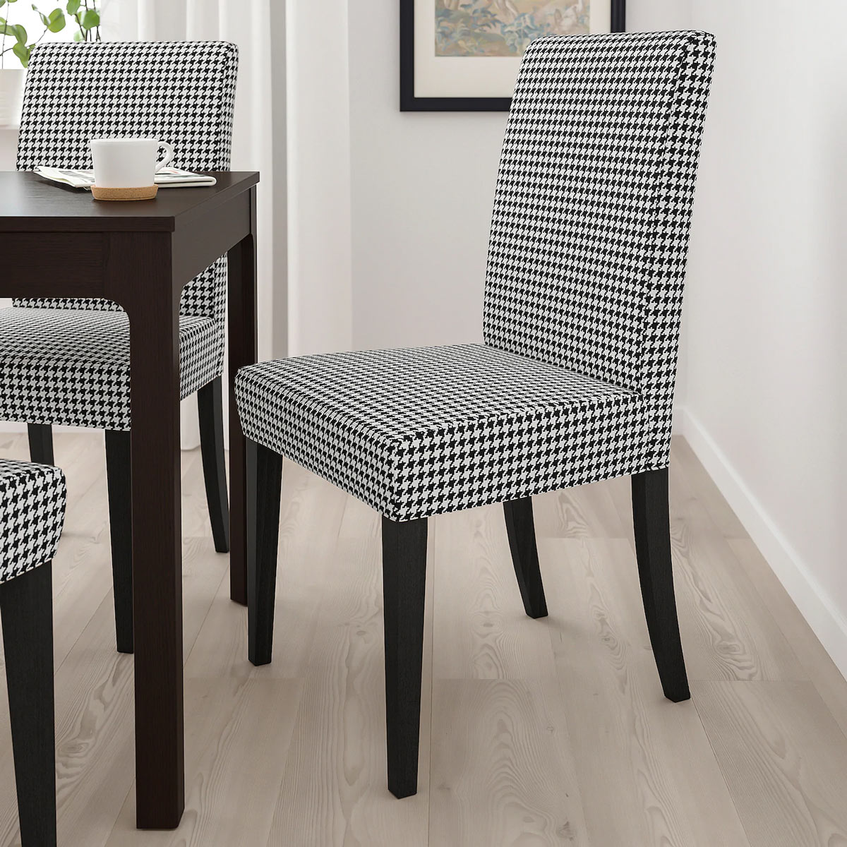 la sedia HENRIKSDAL, primavera catalogo IKEA