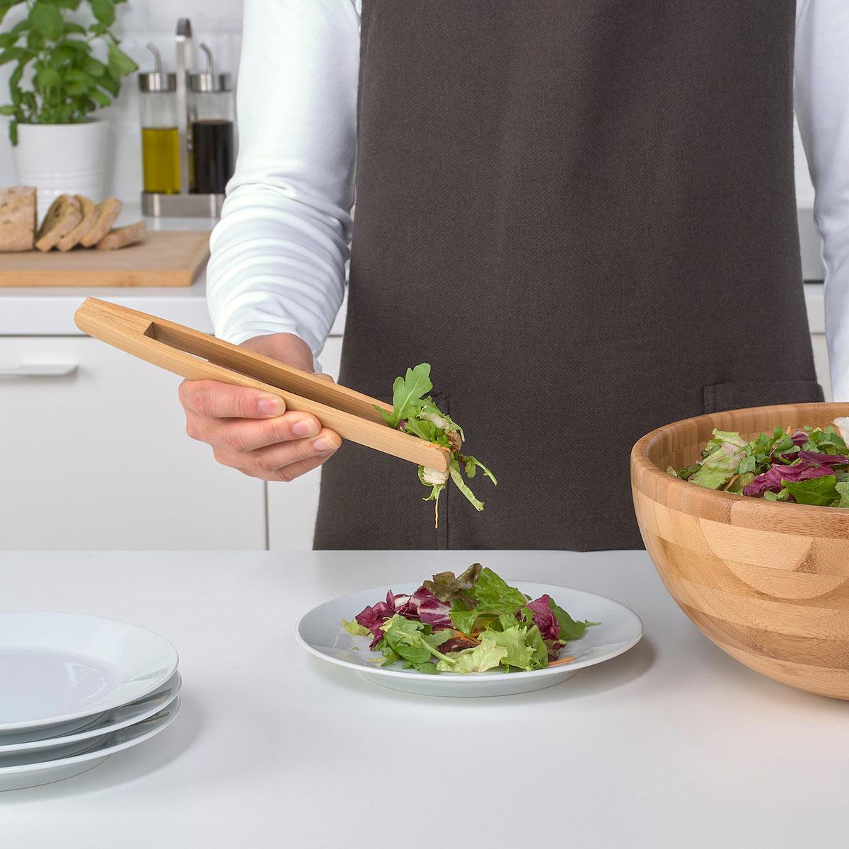 la pinza in bambù OSTBIT di IKEA