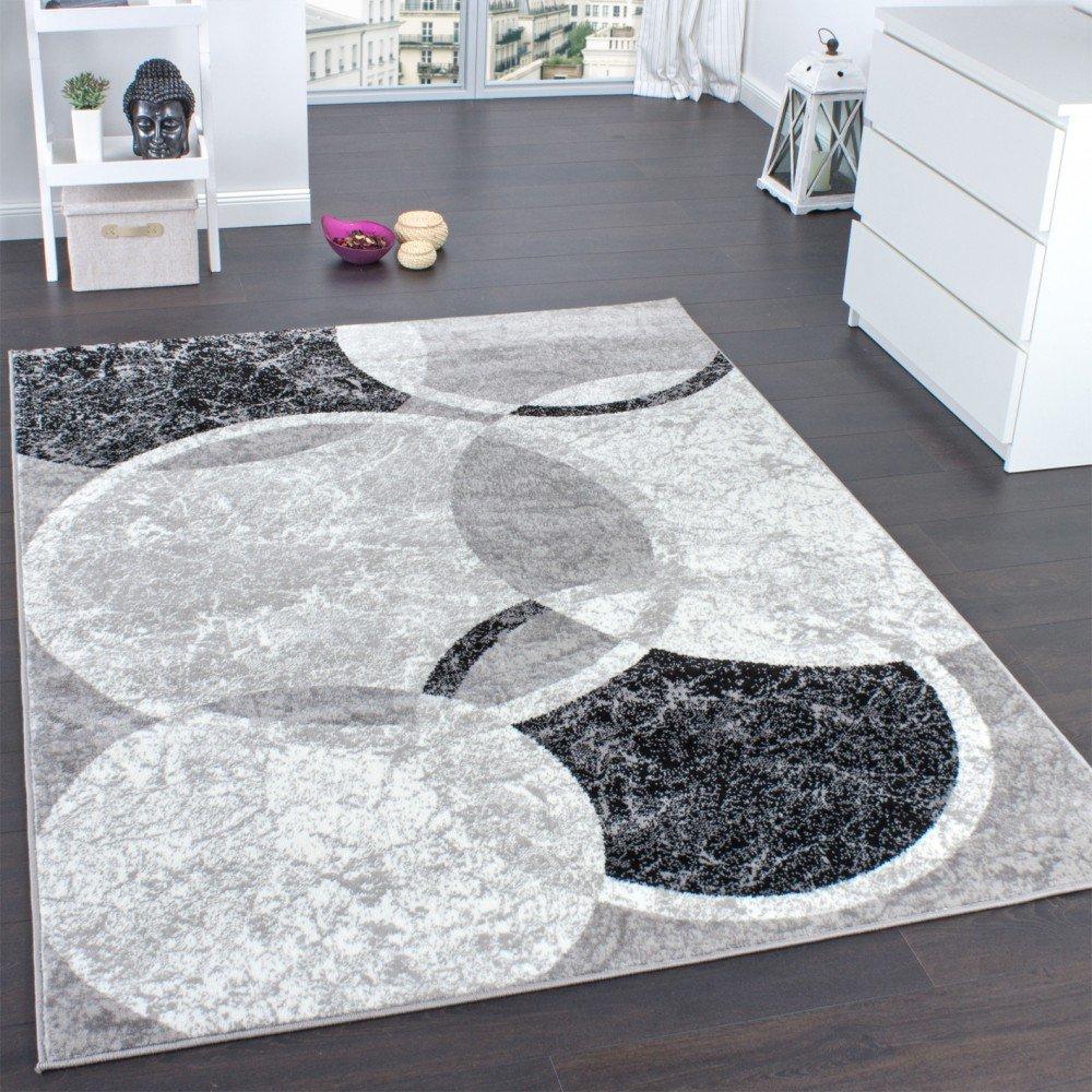 Tappeto moderno grigio e nero per il soggiorno.