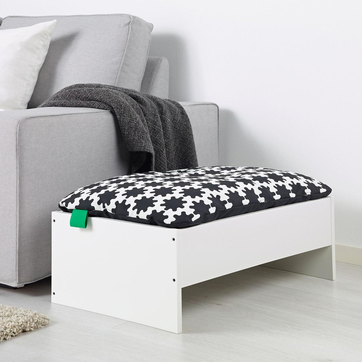 cuccia per cani IKEA con cuscino