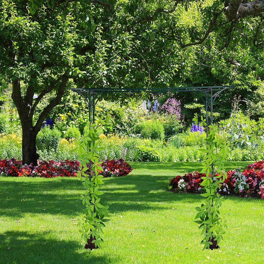 Arco da giardino per piante rampicanti in ferro.