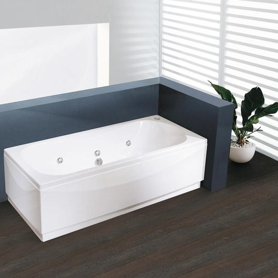 Vasca da bagno bianca design firmato Leroy Merlin.