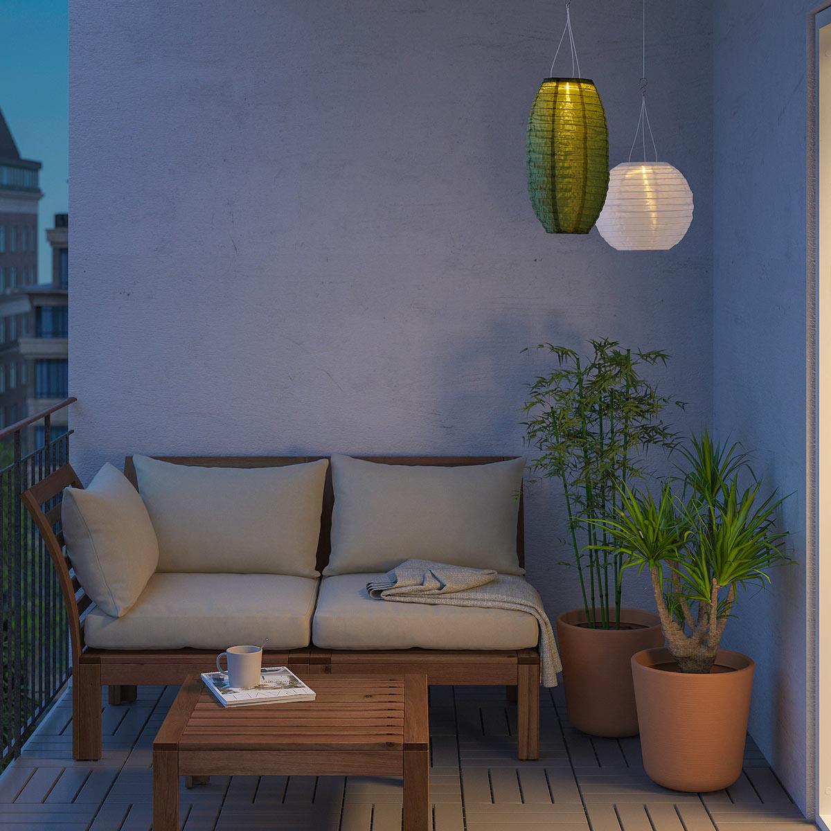 Lampada a sospensione IKEA per esterno ad energia solare.