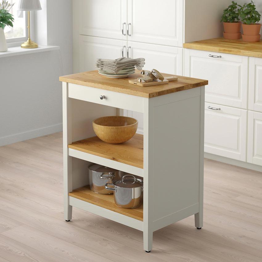 Piccola isola cucina IKEA bianca con top legno modello TORNVIKEN.