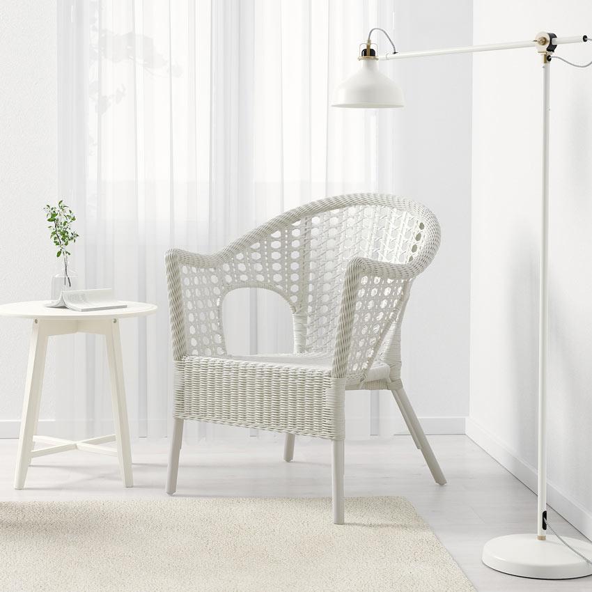 sedia bianca IKEA in rattan FINNTORP