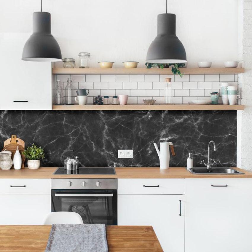 paraschizzi cucina in marmo