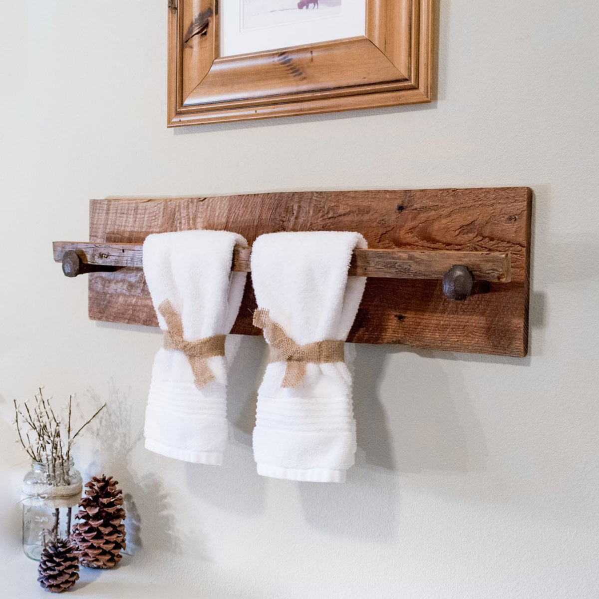 Portasciugamani in legno stile country fai da te.