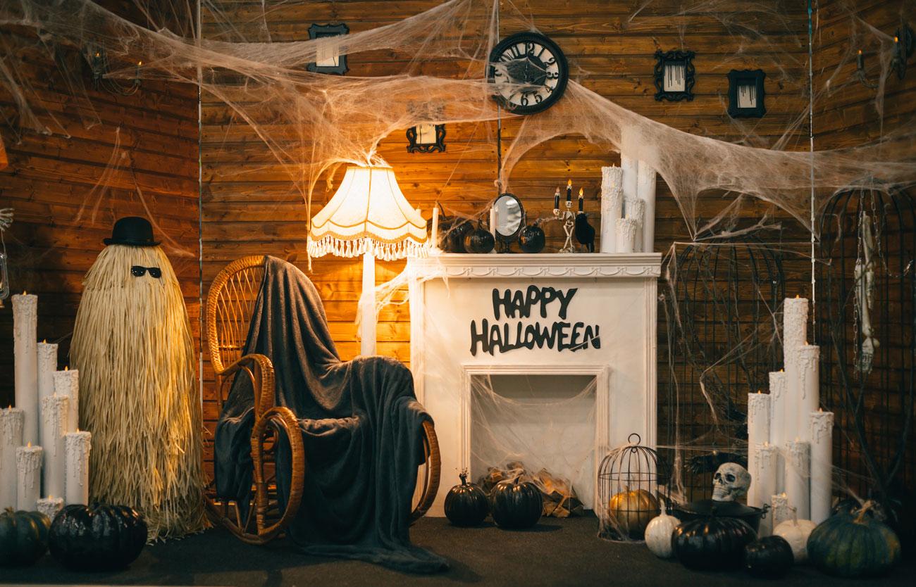 decorazioni di Halloween per il caminetto