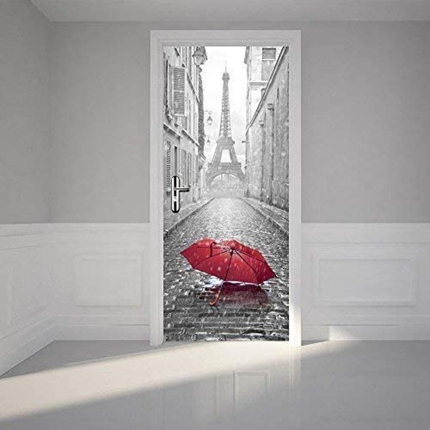 Porta originale decorata con sticker adesivo con Tour Eiffel.