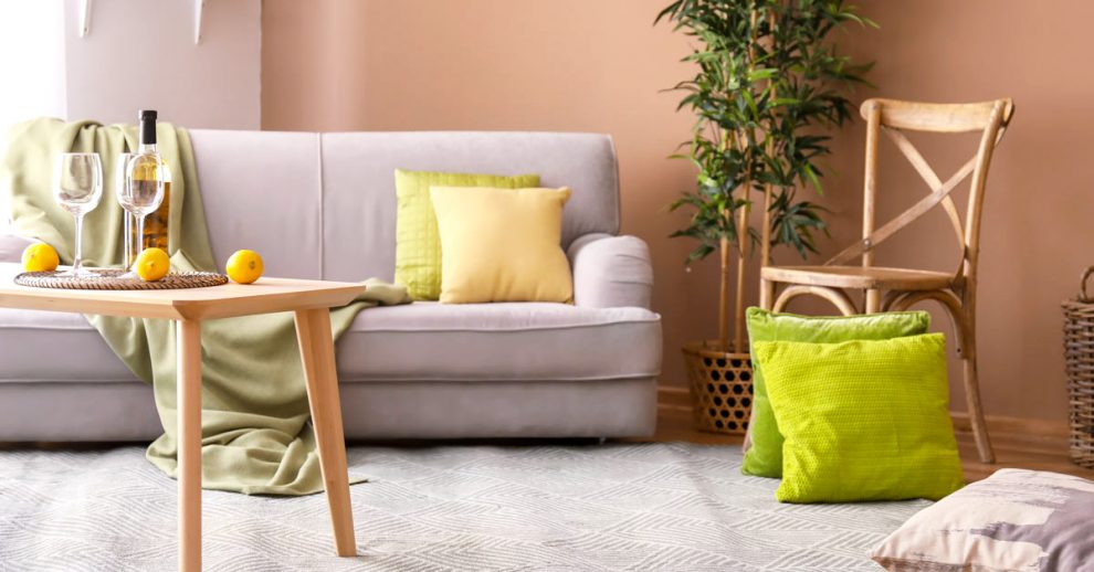 Come abbinare il colore delle pareti ad un arredamento legno chiaro