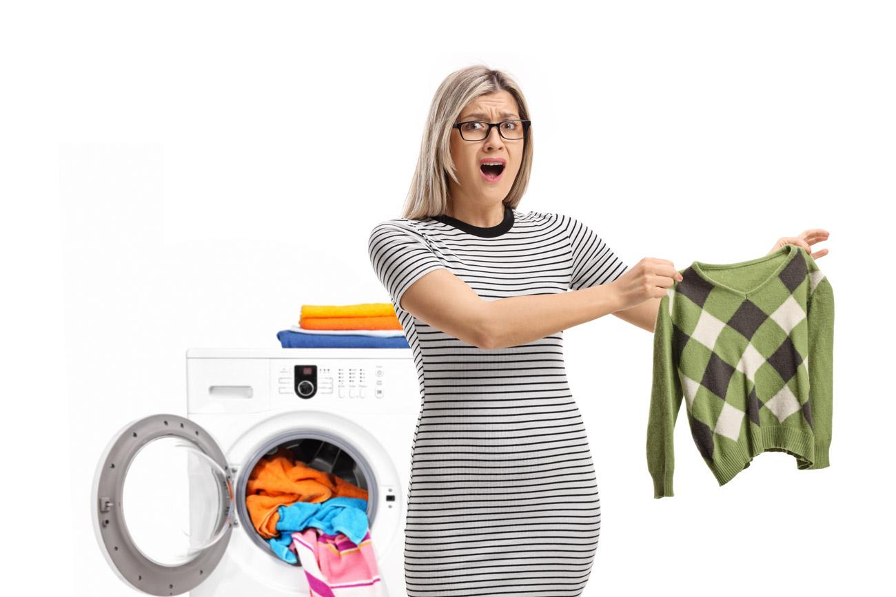 trucchi per provare a recuperare un maglione rimpicciolito in lavatrice