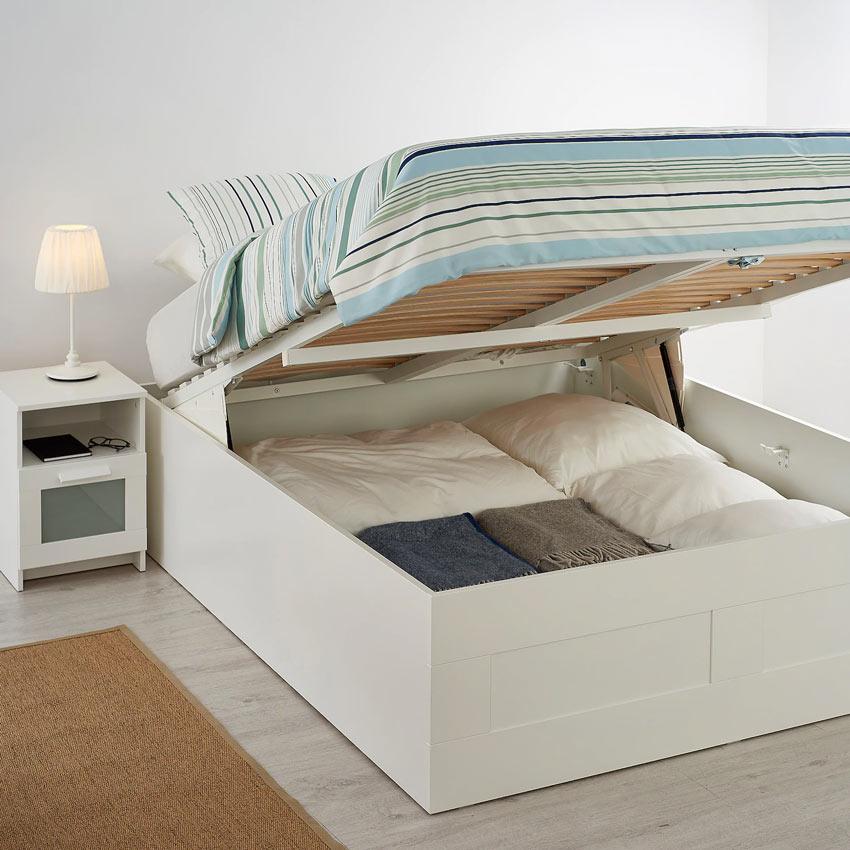 struttura letto IKEA con contenitori
