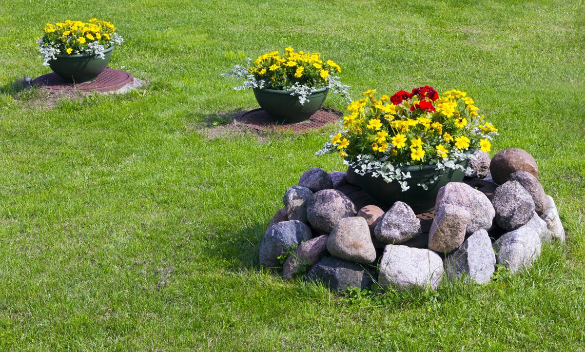 aiuola creativa in giardino