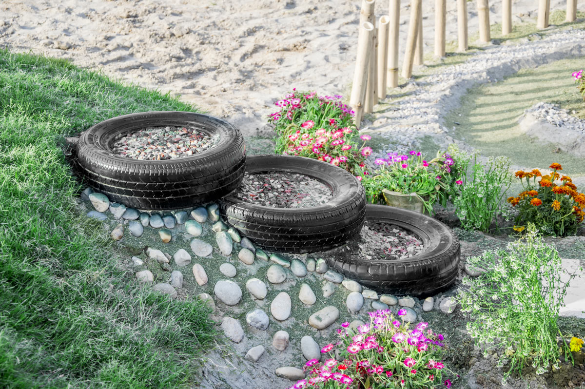 Riciclare pneumatico e riusarlo in giardino.