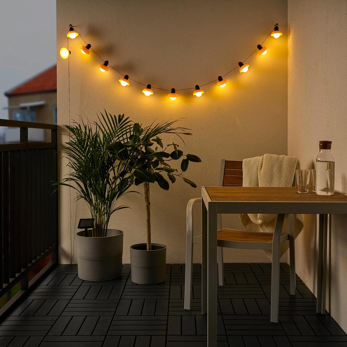 illuminare giardini e balconi con IKEA