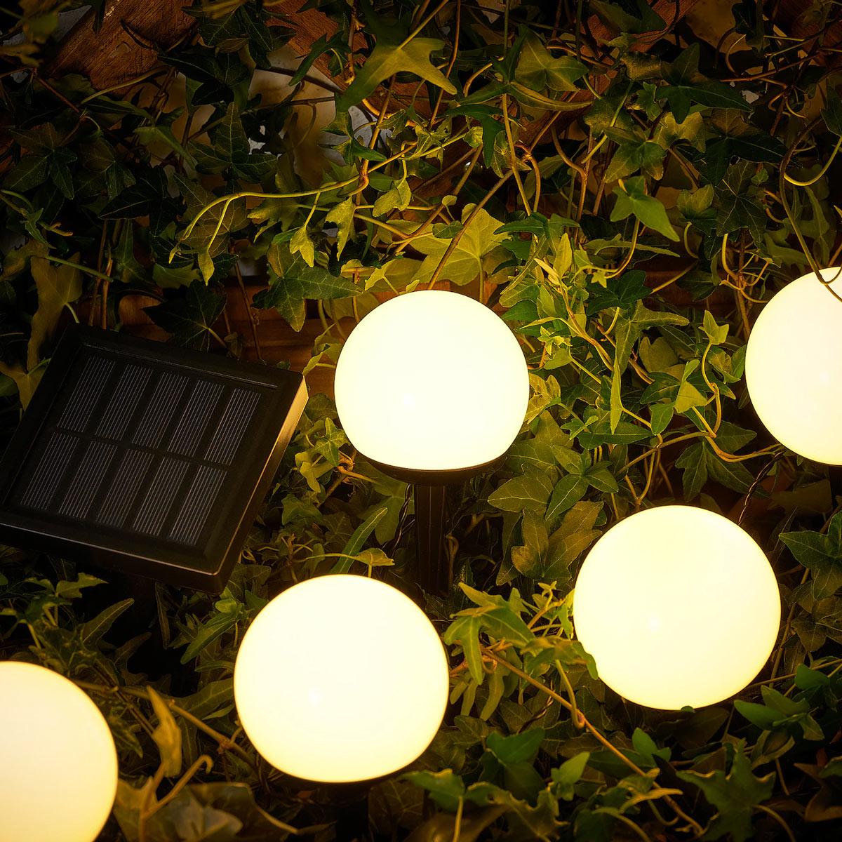 Illuminazione IKEA balconi e giardini.