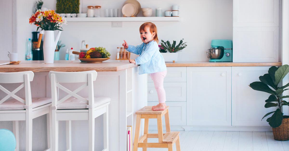 Perché scegliere una cucina con isola e bancone snack: i vantaggi